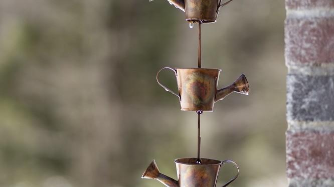 Chaines de pluie design extérieur arrosoir