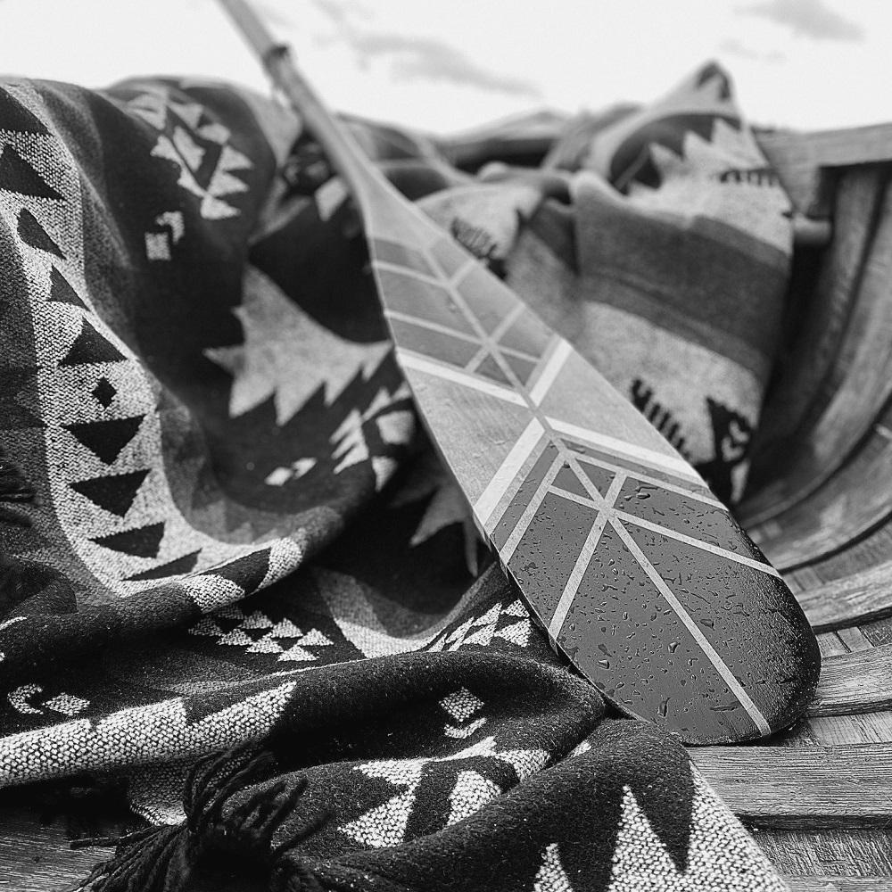 Onquata pagaie en canot Design exterieur Noir et blanc