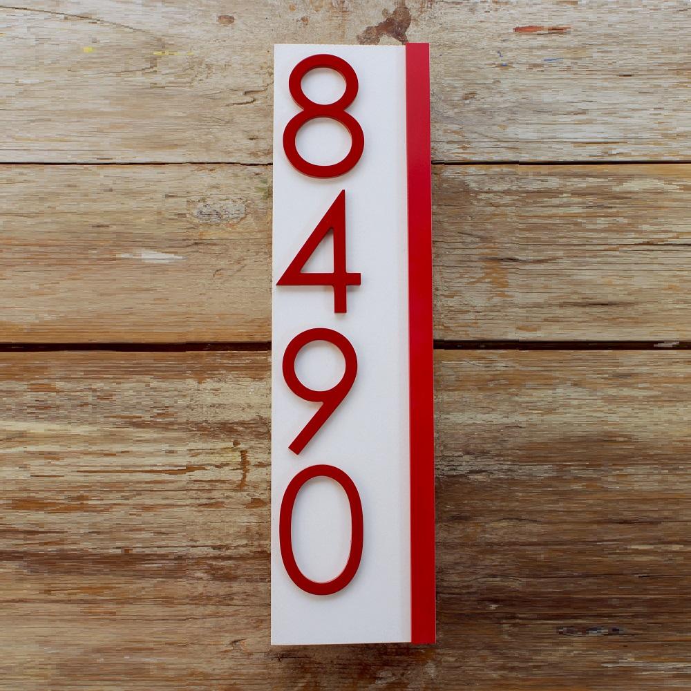 Jusho Design Adresse Civique Eliott rouge et blanche 2 Design Exterieur numero civique beton